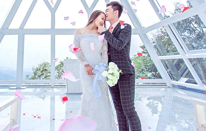 维纳斯4299元婚纱摄影