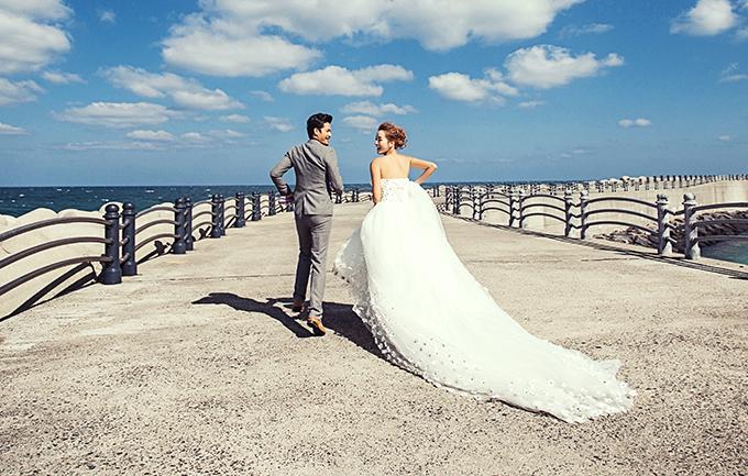 维也妠4988元婚纱照
