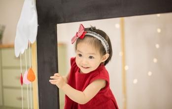 杭州杭州纸飞机儿童摄影