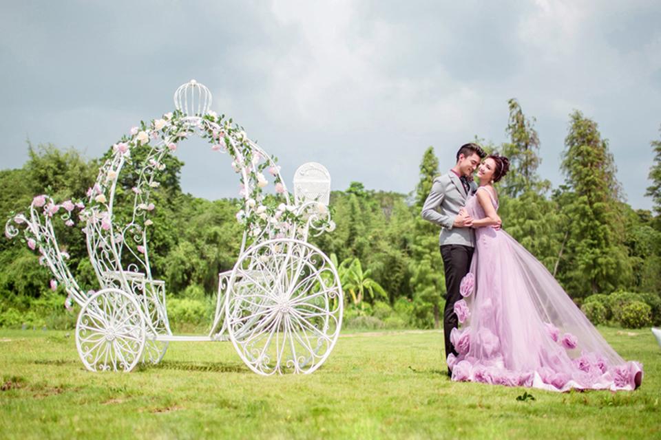 爱唯一2999元婚纱摄影