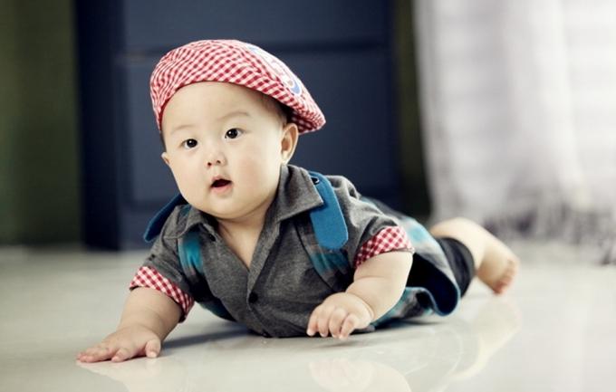 十月668元宝宝照