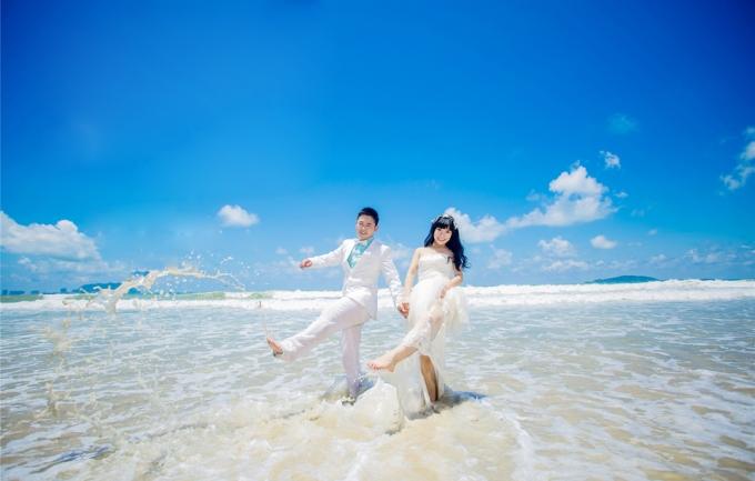 洛伊娜4299元婚纱摄影