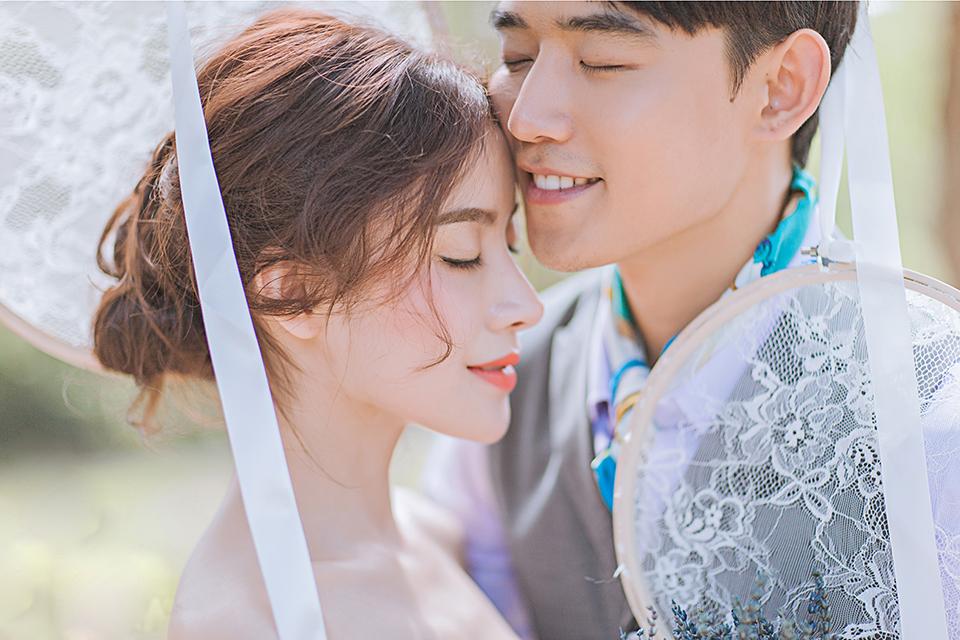 菡艺2999元婚纱摄影