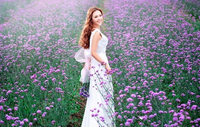 维纳斯婚纱名店(广州总店)399元个人写真