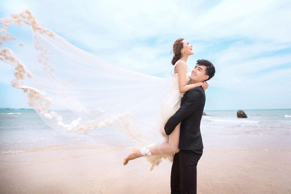 情系一生3688元海景婚纱摄影