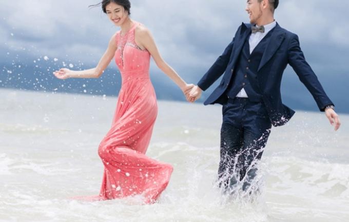 金铂爵6666元婚纱照双湖外拍
