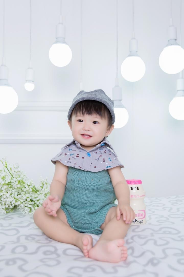 广州儿童摄影-昕昕相印妞的晒片