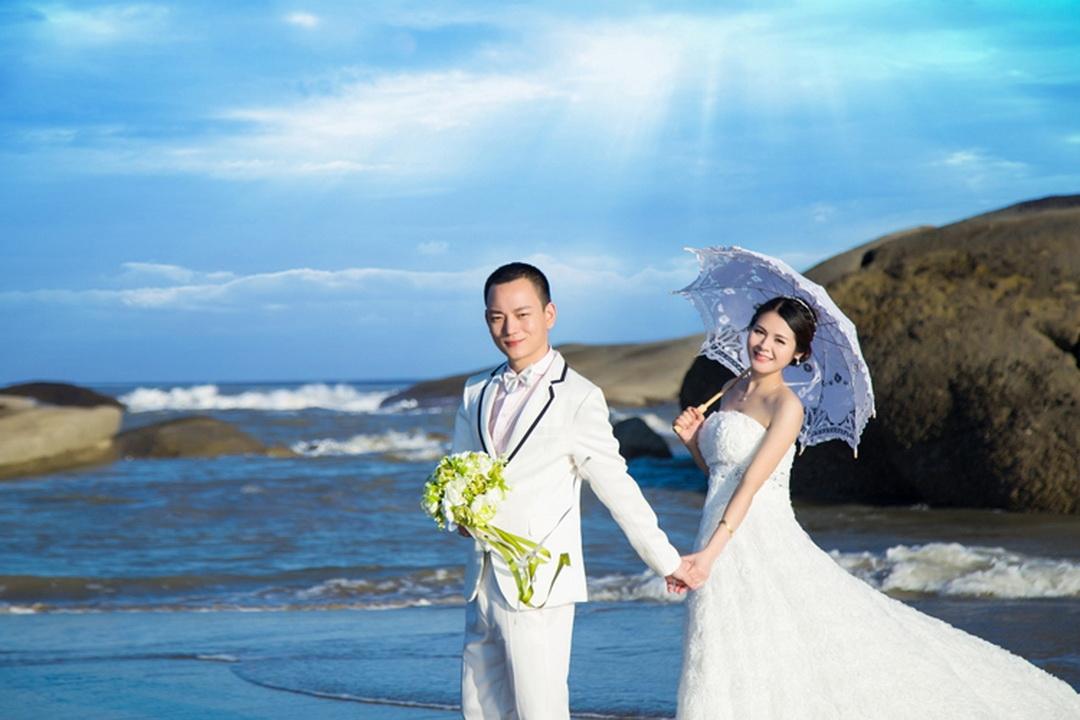 福州婚纱摄影-淡淡的笑容的晒片