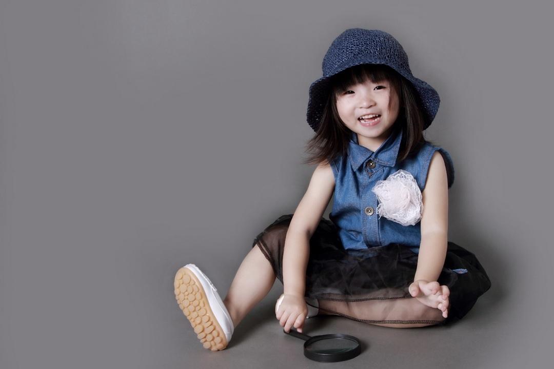 上海儿童摄影-小小的世界的晒片