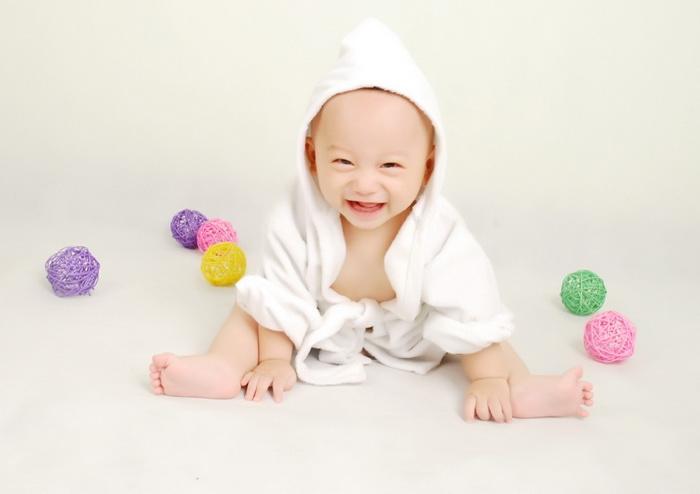 郑州儿童摄影-幸福的妈咪的晒片
